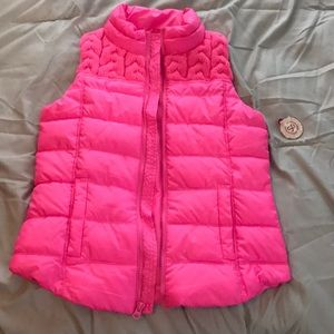 Never worn super cute bright pink puffer vest!!!💖